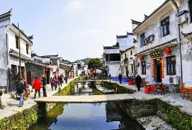 海外旅行社最新南昌到李坑旅游线路,文昌阁、拱桥、栈亭、寺庙和庭院